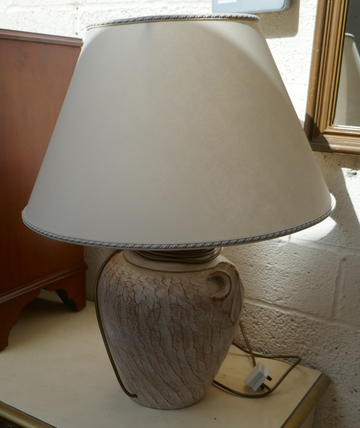 Heavy ceramic table lamp
