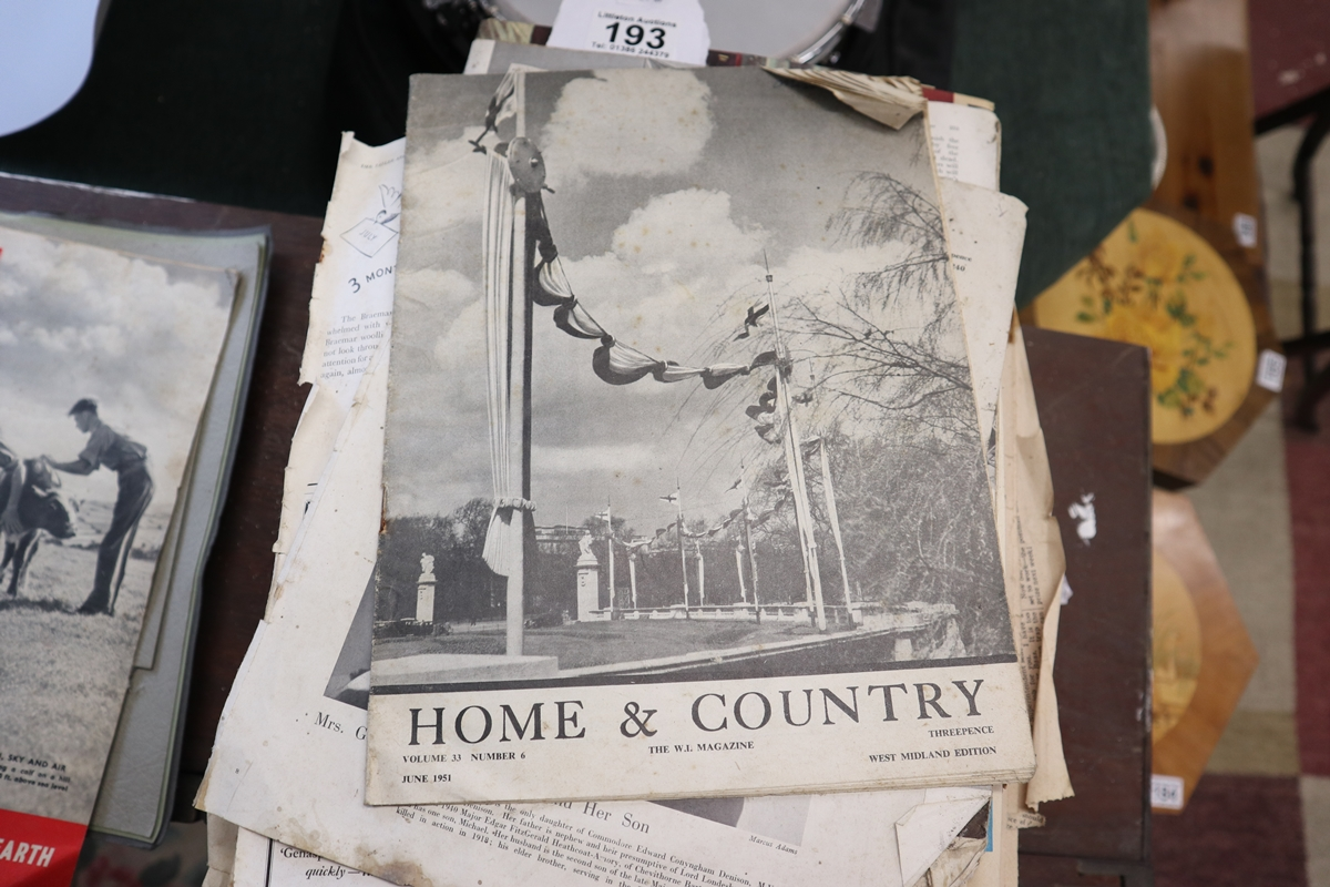 Collection of various early magazines - Image 4 of 5