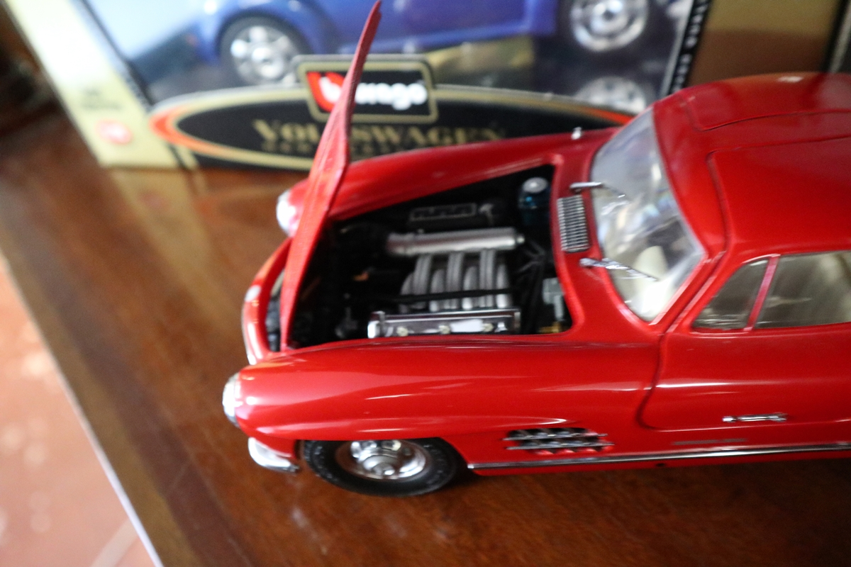 Collection of diecast cars - Image 4 of 6
