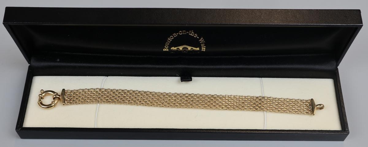 Gold bracelet - Approx weight: 7.6g