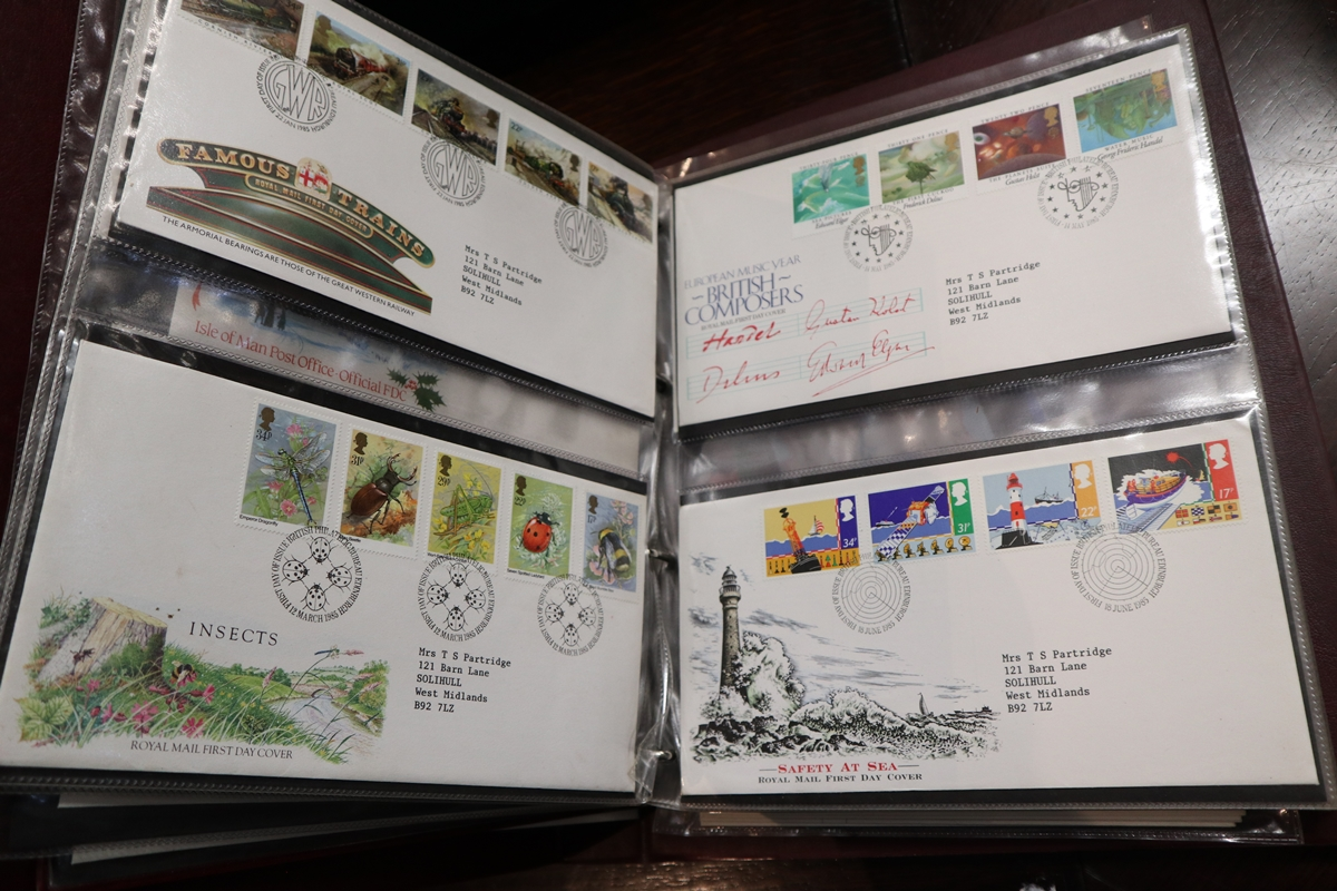 Stamps - Collection of 5 folders / books etc - Image 3 of 16