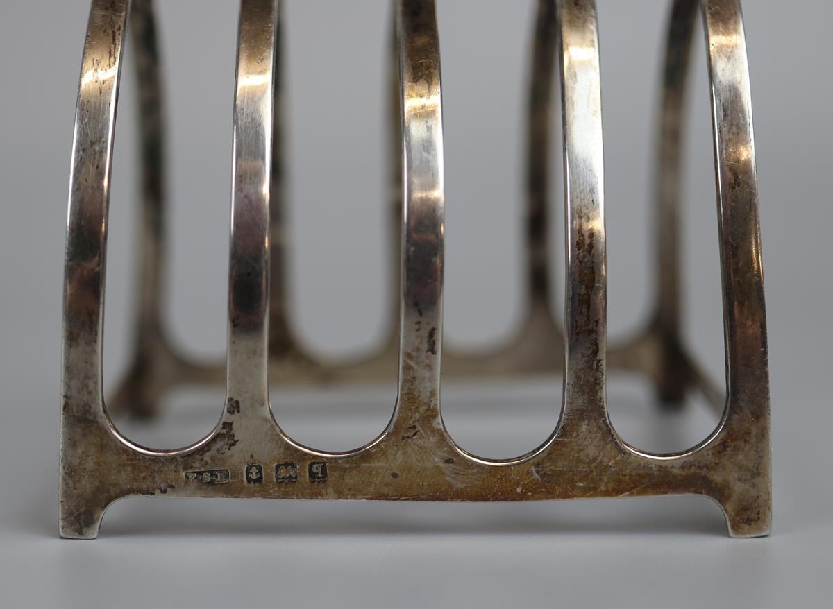 Pair of hallmarked silver toast racks - E.S. Barnsley & Co - Birmingham 1915 - Approx 118g - Image 2 of 3