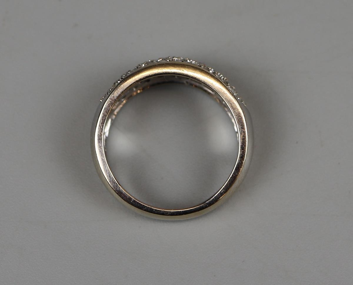 18ct gold diamond set ring - Size M - Image 3 of 3