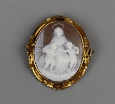 Fine antique gold mounted cameo