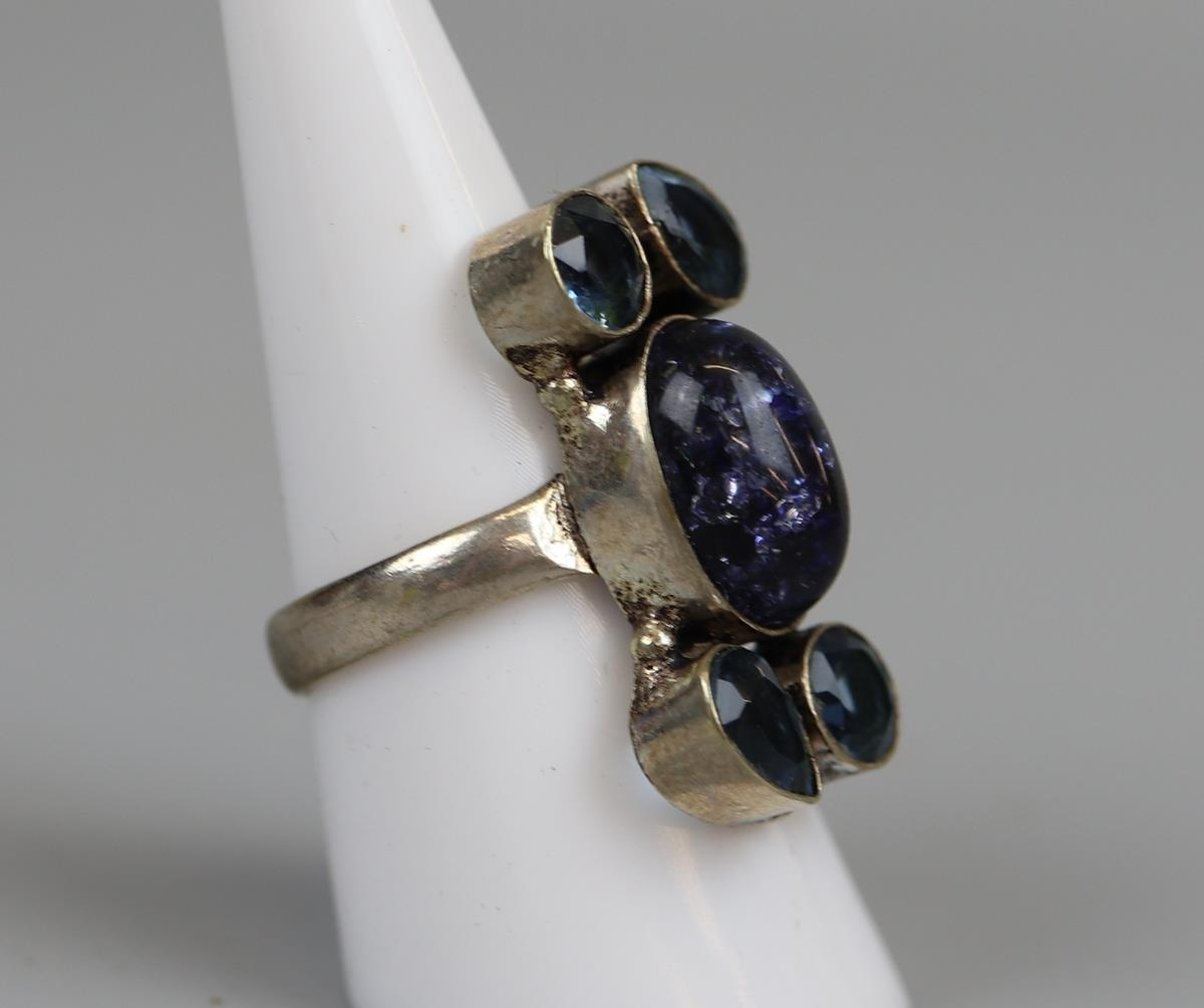 6 costume rings to include silver - Image 7 of 7