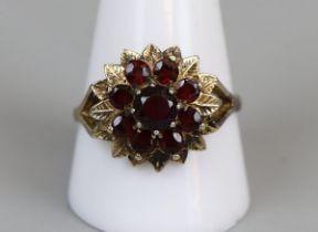 Gold garnet set ring (size V)