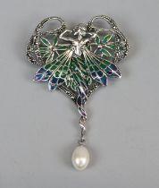 Silver plique-de-jour Art Nouveau style pendant
