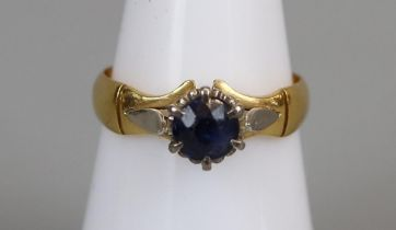 22ct gold sapphire set ring (size L½)