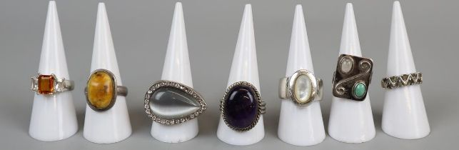 7 stone set rings to include several silver