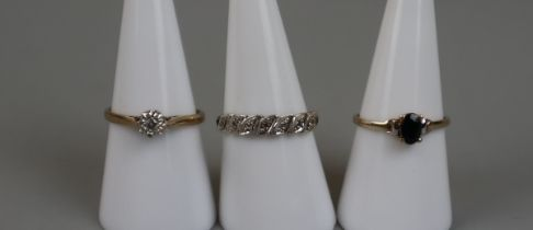 3 gold stone set rings