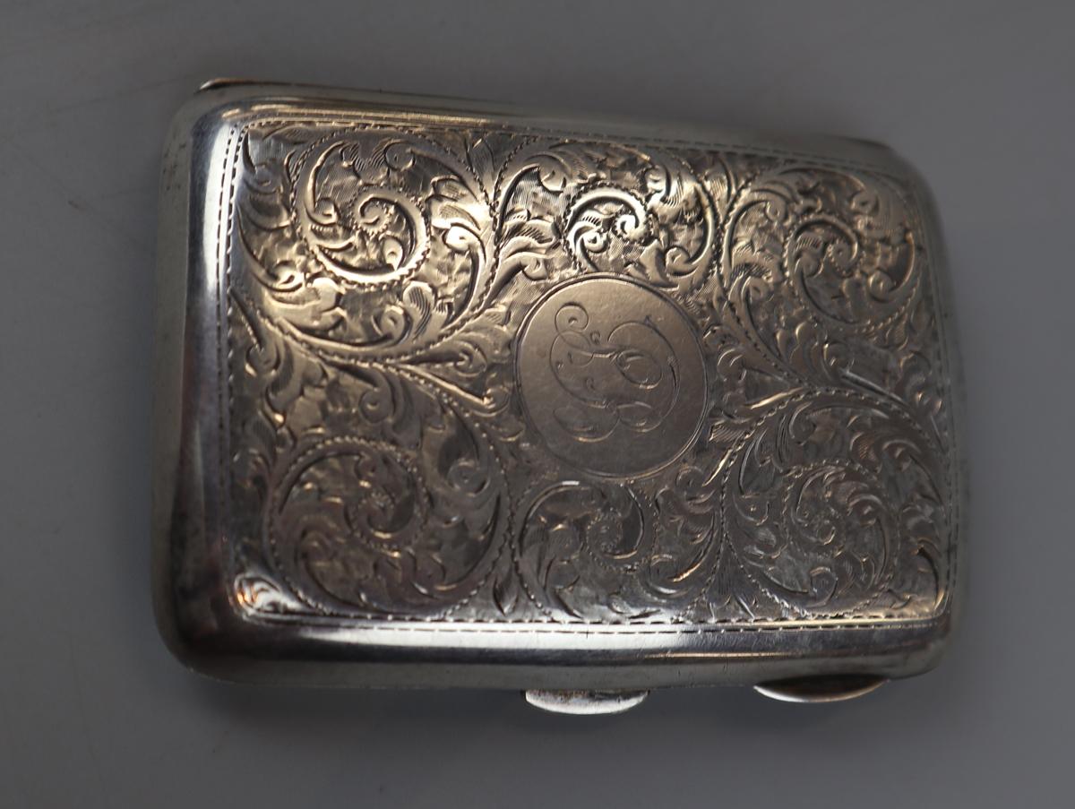 2 hallmarked silver cigarette cases - William Neal & Sons Ltd circa 1918 & G&C Ltd - Image 4 of 7