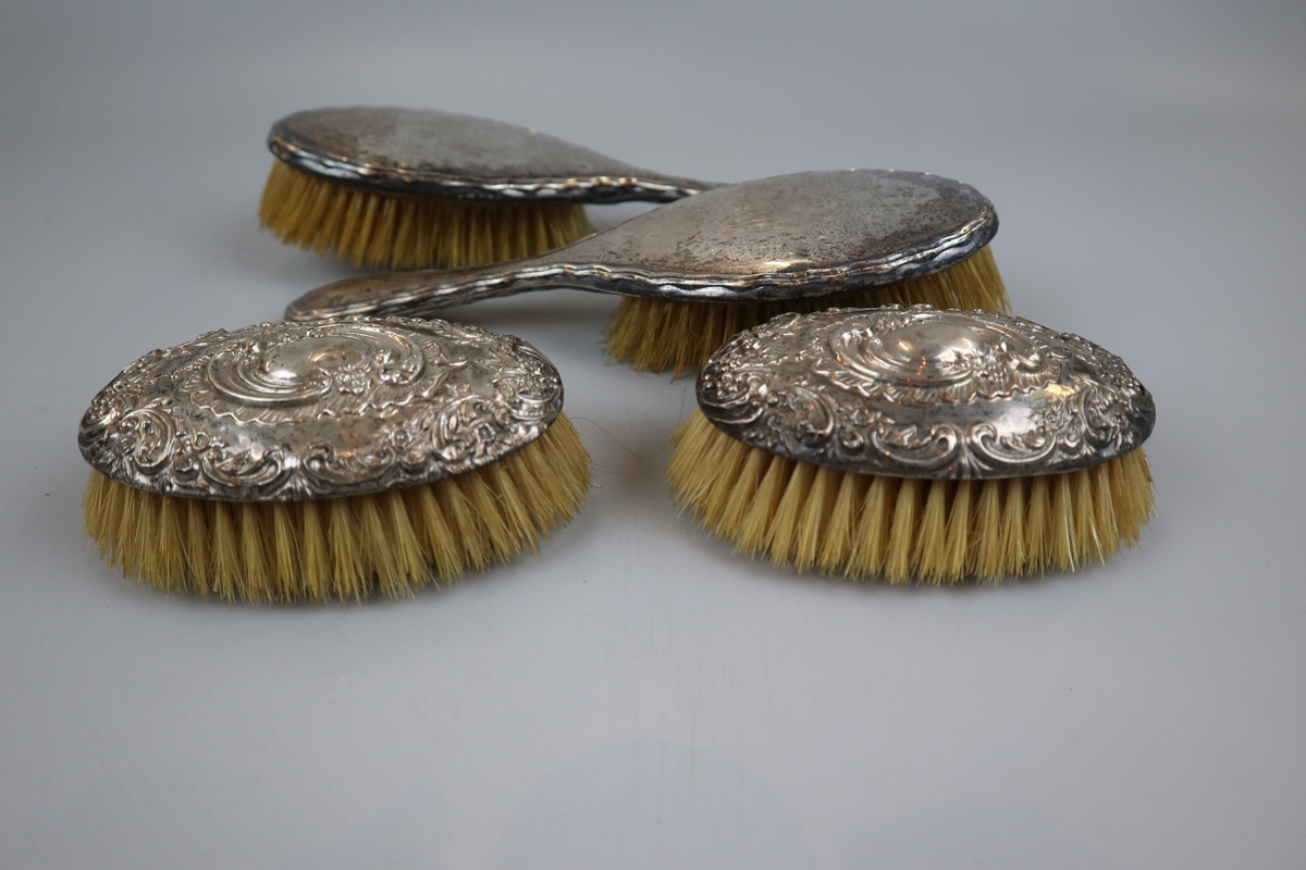 Collection of hallmarked silver brushes etc - Image 3 of 5