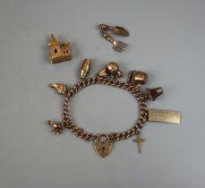 Gold charm bracelet - Total gross weight: 33.8g