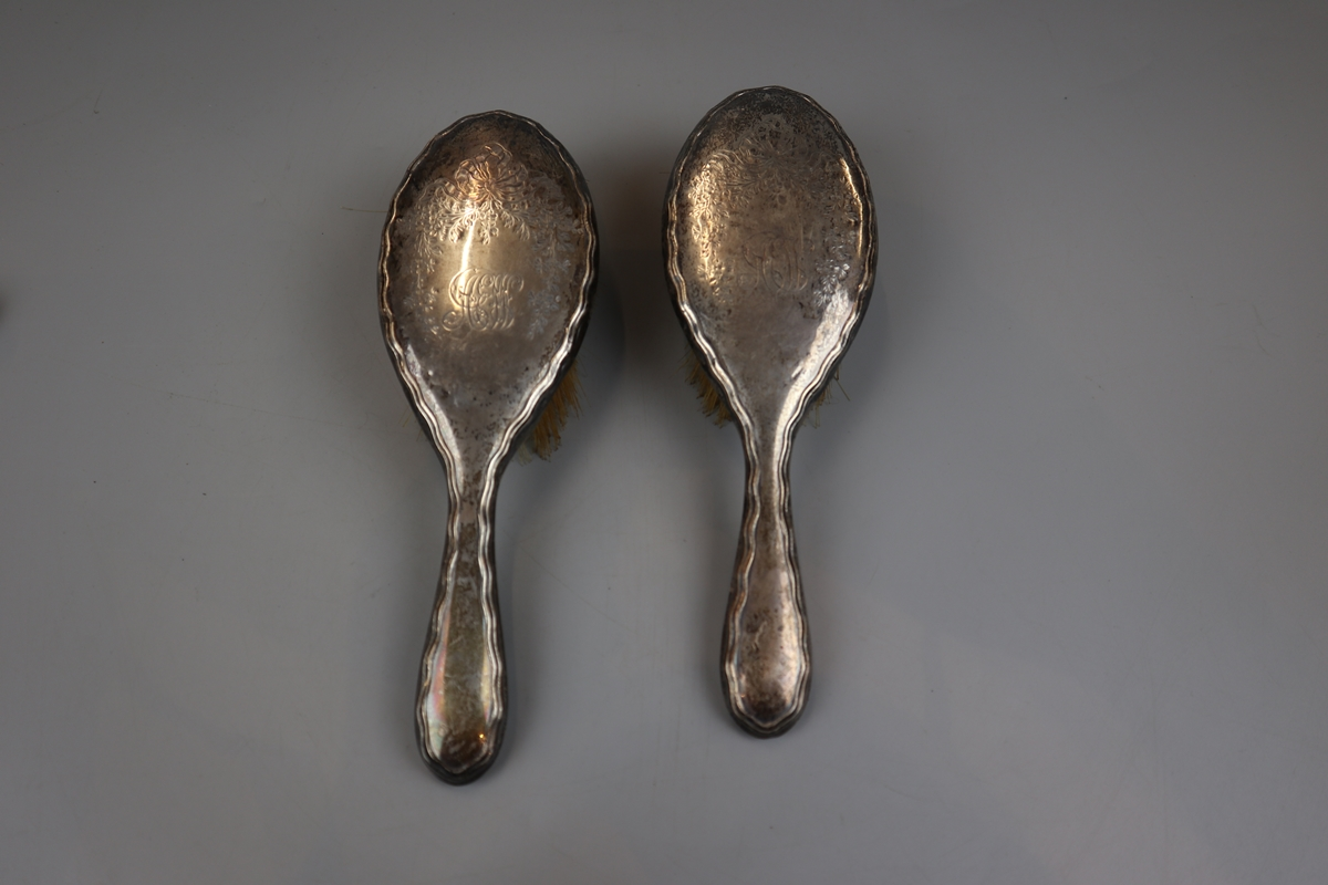 Collection of hallmarked silver brushes etc - Image 4 of 5