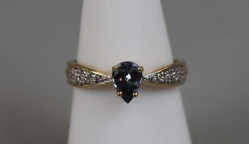 18ct gold sapphire & diamond set ring (size N¼)