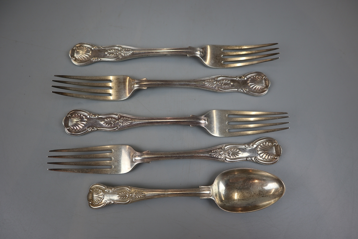 5 heavy hallmarked silver forks & spoon - Approx gross weight: 453g