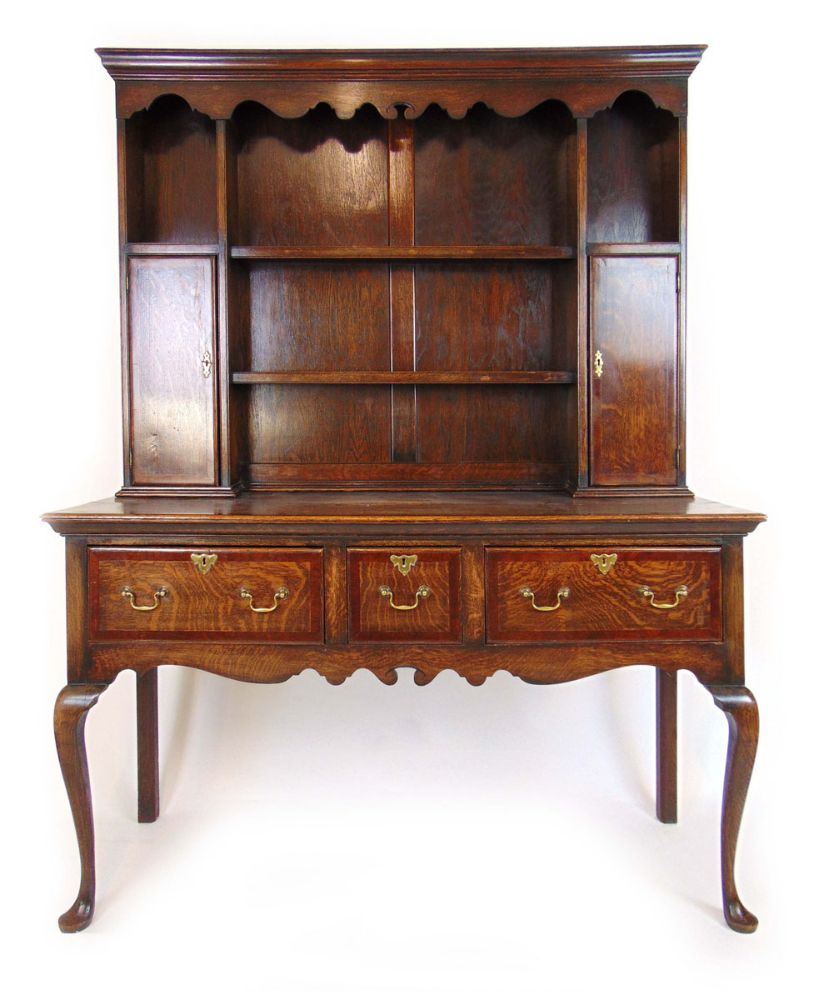 Antique Furniture, Clocks, Paintings, Silver, Ceramics, Glass, Collectors' Items & Jewellery