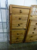 A pair of pine bedside chests CONDITION REPORT: W. 37 cm D. 38 cm H.