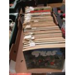 A tray containing a quantity of Giles Annuals