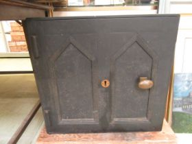 A 19th century cast iron safe with 2 keys