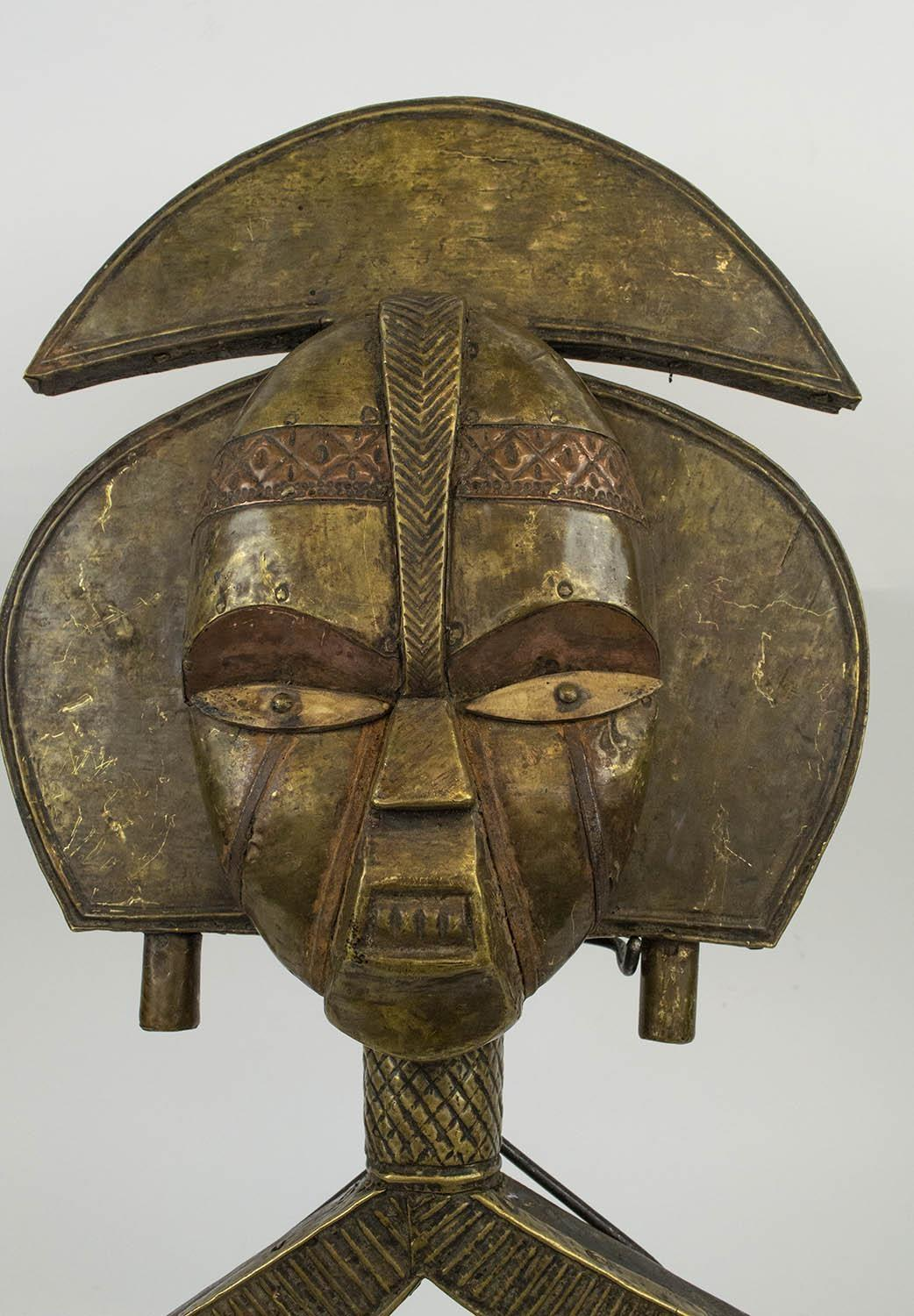 BAKOHA RELIQUARY FIGURE, from Gabon wood, copper and brass, 60cm H. - Image 4 of 4
