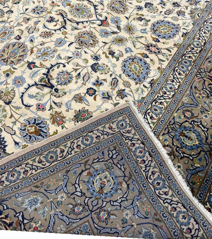 FINE PERSIAN KURK KASHAN CARPET, 408cm x 300cm. - Image 5 of 5