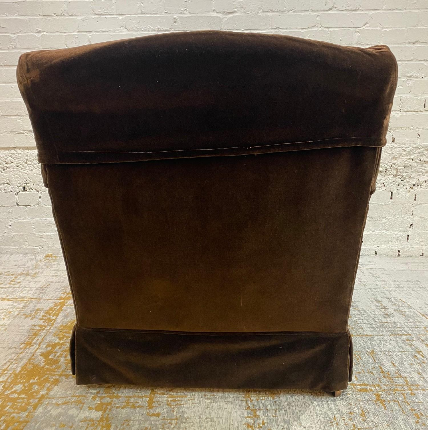 HOWARD AND SONS BRIDGEWATER ARMCHAIR, stamped 'Howard Chairs, 48 Sth Audley St London W.1 2385?, - Image 6 of 14