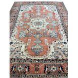 FINE PERSIAN SERAPI CARPET, 365cm x 273cm.