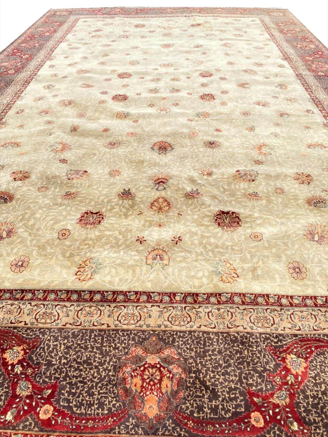 FINE HEREKE DESIGN CARPET, 560cm x 353cm.