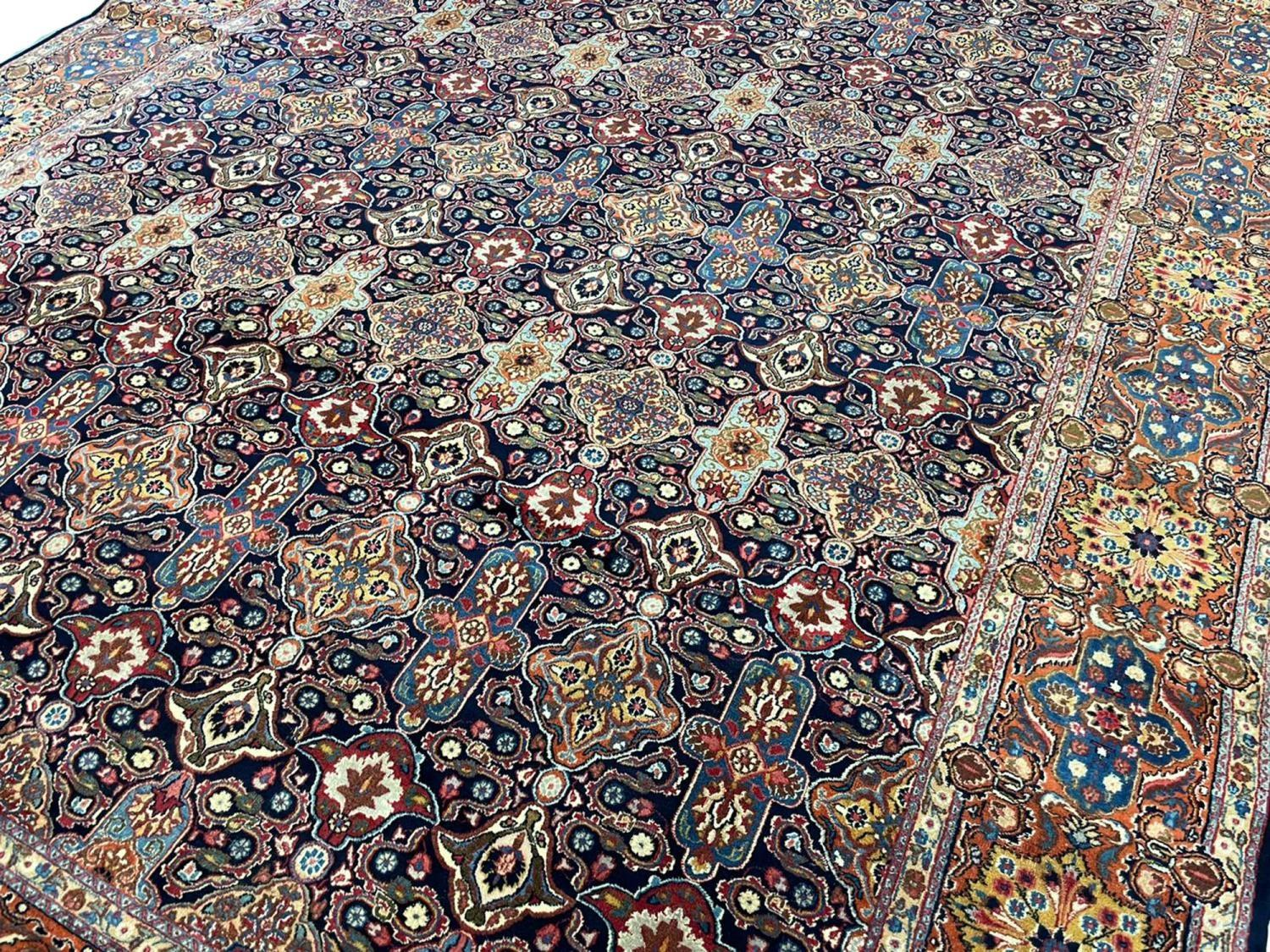 FINE ANTIQUE PERSIAN KHORASSAN CARPET, 340cm x 260cm. - Image 4 of 5