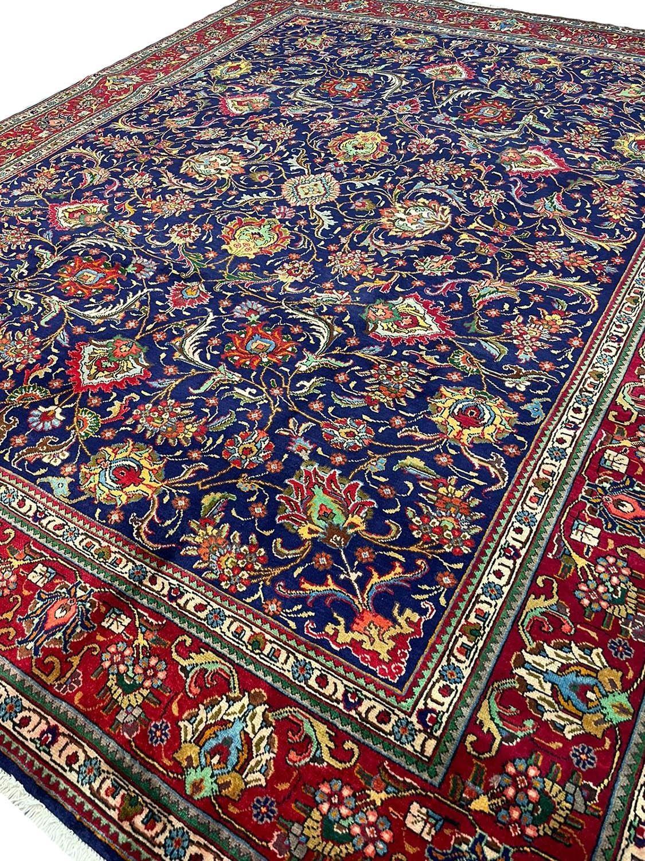 FINE PERSIAN SAFAVID SHAH ABBAS DESIGN TABRIZ CARPET, 380cm x 300cm. - Image 4 of 5