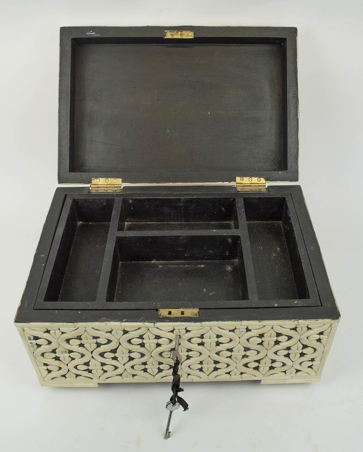 CASKET, bone geometric clad with hinged top and interior tray, 22cm H x 38cm x 25cm. - Image 6 of 7