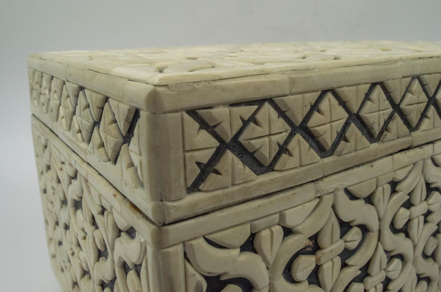 CASKET, bone geometric clad with hinged top and interior tray, 22cm H x 38cm x 25cm. - Image 5 of 7