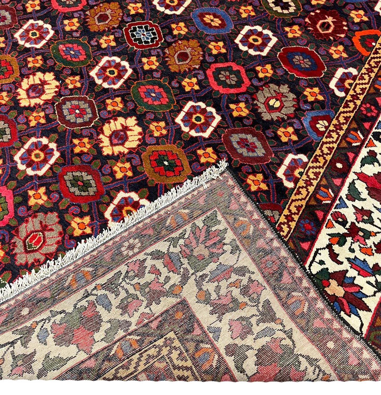 FINE PERSIAN BAKTIAR CARPET, 325cm x 225cm, stylised mina khani design. - Image 4 of 4