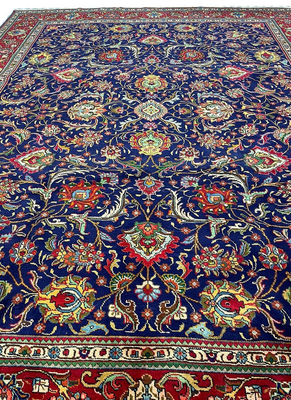 FINE PERSIAN SAFAVID SHAH ABBAS DESIGN TABRIZ CARPET, 380cm x 300cm. - Image 2 of 5