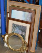 2 SMALL GILT FRAMED MIRRORS & VARIOUS PICTURES