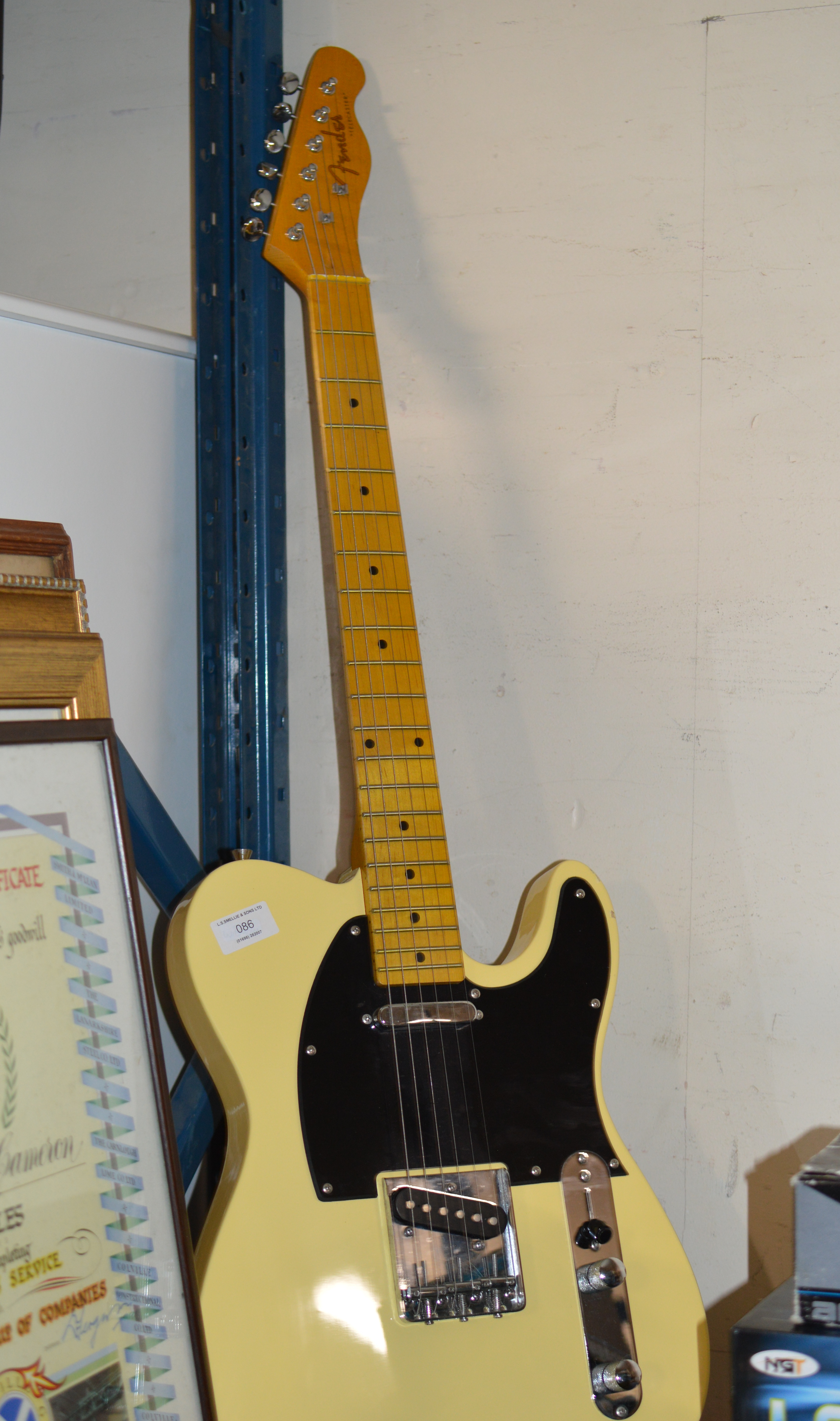 REPRODUCTION ELECTRIC GUITAR MARKED FENDER TELECASTER