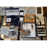 TRAY WITH VARIOUS WRIST WATCHES, GOLD EARRINGS, SILVER JEWELLERY, COINAGE ETC