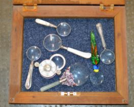 DISPLAY BOX WITH VARIOUS MAGNIFYING GLASSES, WITH SILVER HANDLED EXAMPLES