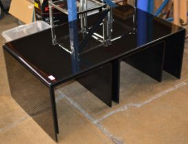 GLASS COFFEE TABLE WITH UNDER TABLES