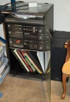 VINTAGE SANYO HIFI SYSTEM WITH TWIN SPEAKERS & QUANTITY RECORDS