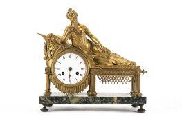 Orologio da appoggio francese in bronzo dorato e marmo