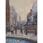 § TONY FORREST (BRITISH CONTEMPORARY) A BUSY LONDON STREET SCENE