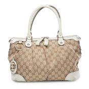 A Sukey top handle shoulder bag, Gucci