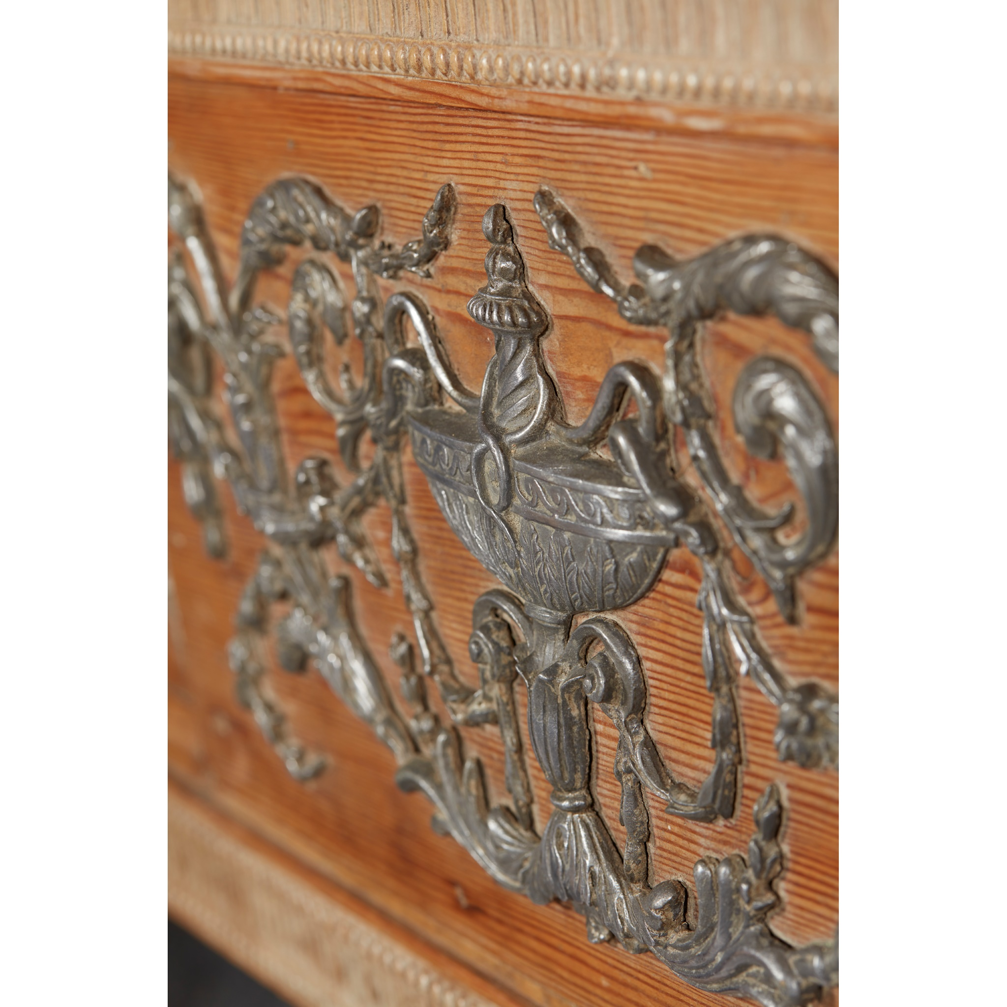 RARE GEORGE III PEWTER AND GESSO MOUNTED FIRE SURROUND 18TH CENTURY - Image 7 of 7