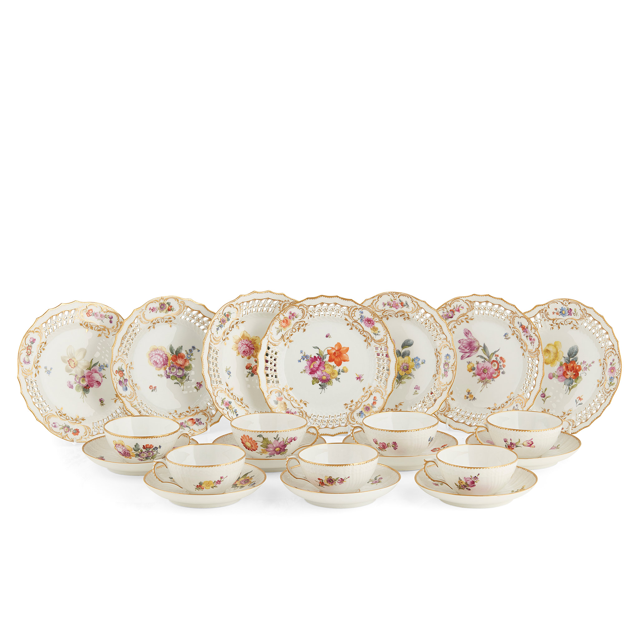 COLLECTION OF ROYAL COPENHAGEN FLORAL PAINTED PORCELAIN LATE 19TH / EARLY 20TH CENTURY