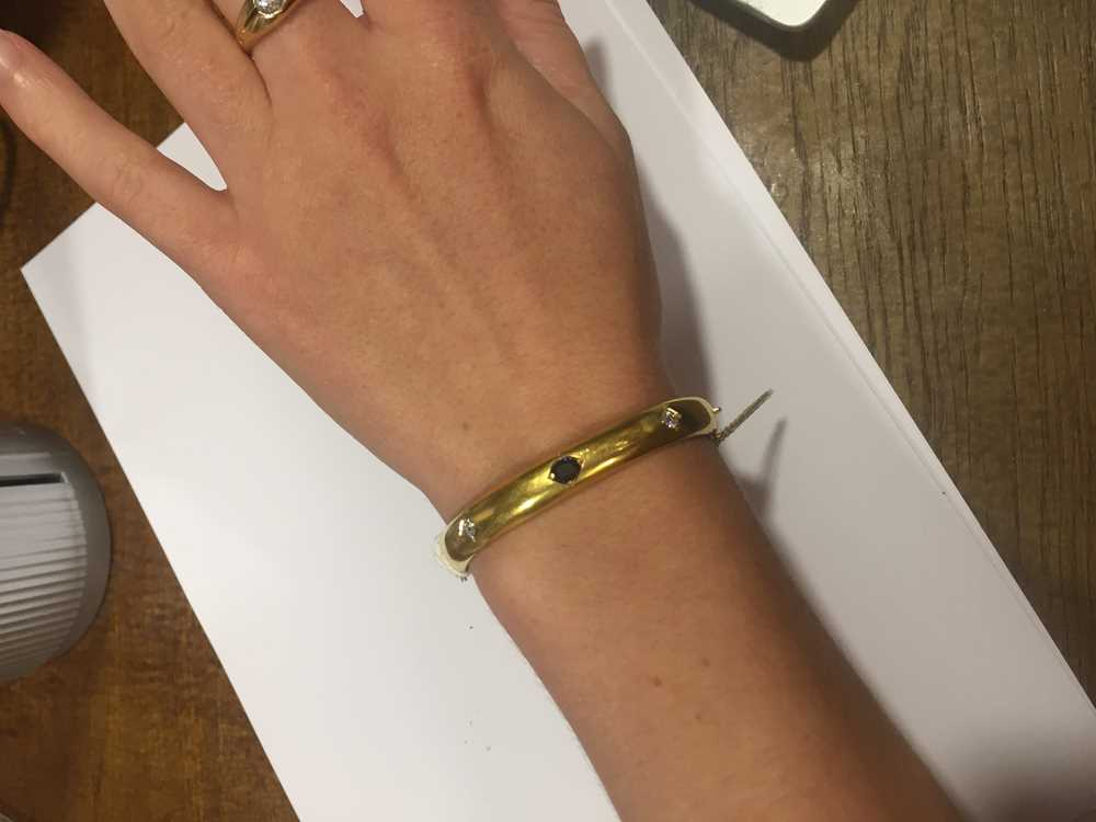 A Victorian 15ct gold sapphire and diamond bangle - Image 4 of 10