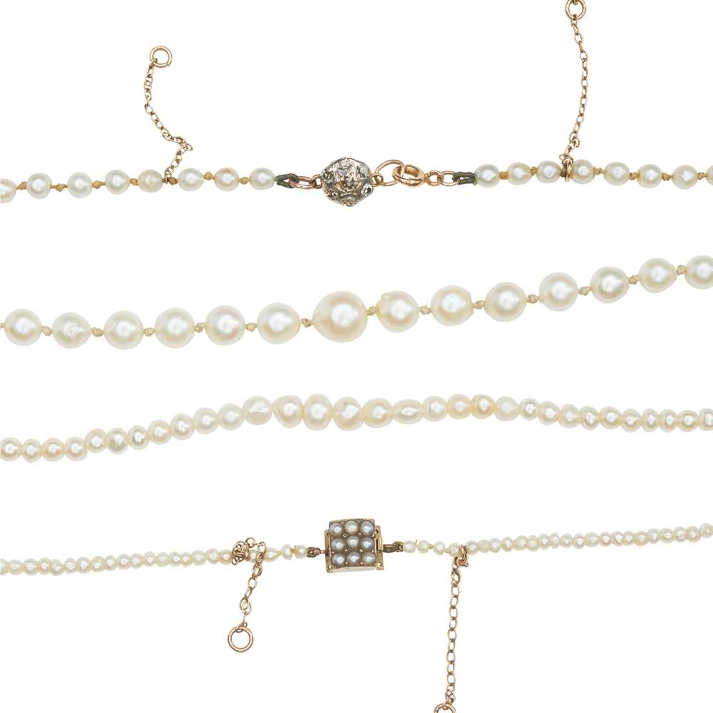 A natural saltwater pearl necklace - Image 2 of 13