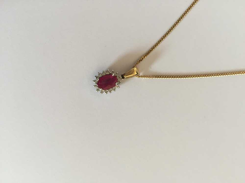 A pink sapphire and diamond pendant necklace - Image 16 of 17