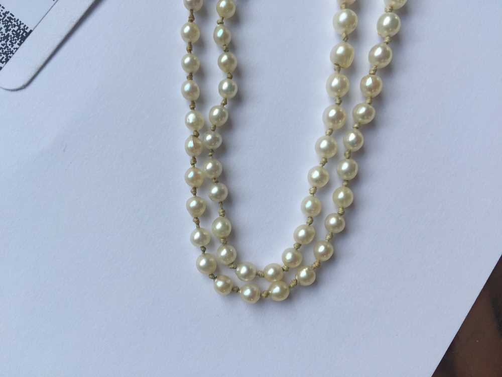 A natural saltwater pearl necklace - Image 11 of 13